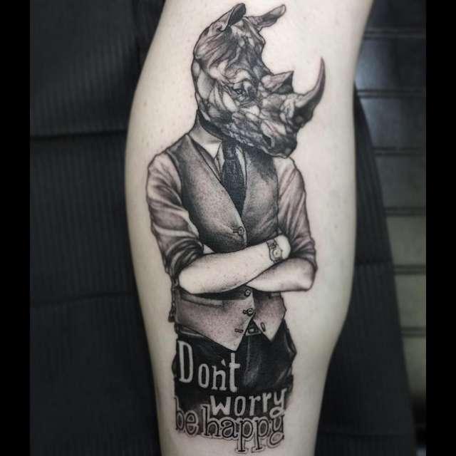 tattoo rinoceronte gentleman