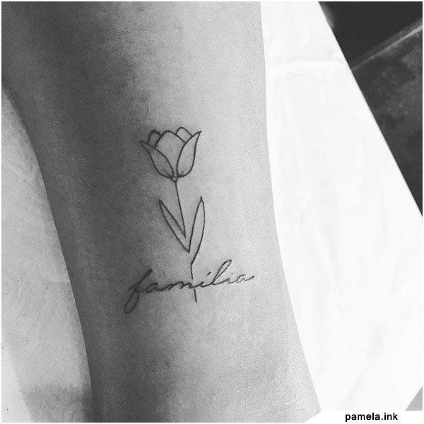 Tatuaggio Famiglia Minimal con rosa