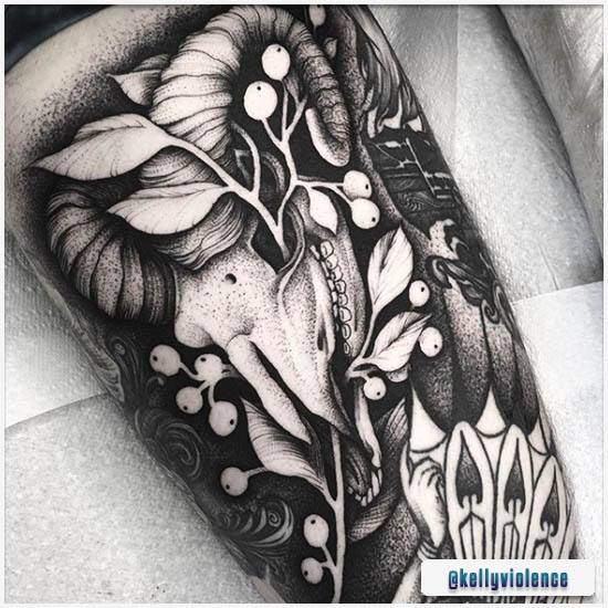 Blackwork Tattoo Teschio