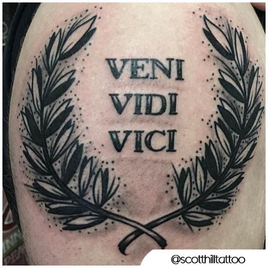 Veni vio el tatuaje de vici crown tronfale