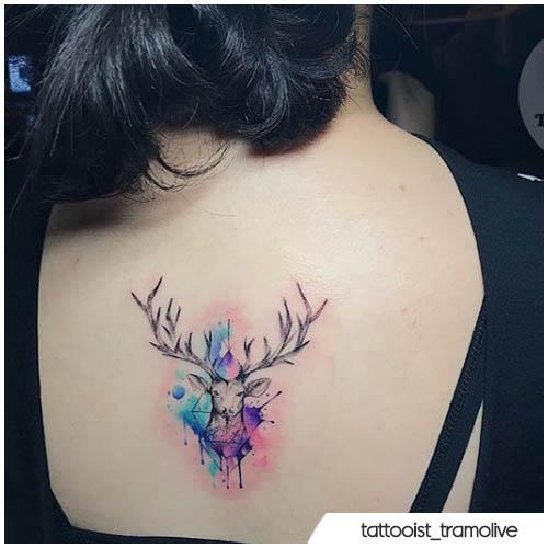 tatuaggio cervo watercolor