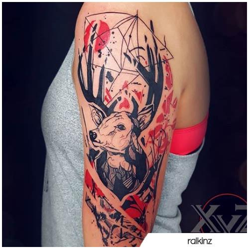 tatuaggio cervo trash polka