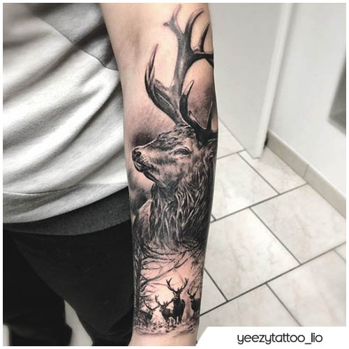 tatuaggio cervo realistico