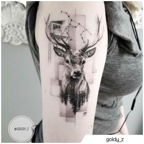 tatuaggio cervo realistico e geometrico