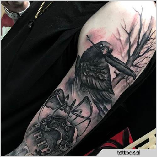 tatuaggio corvo realistico