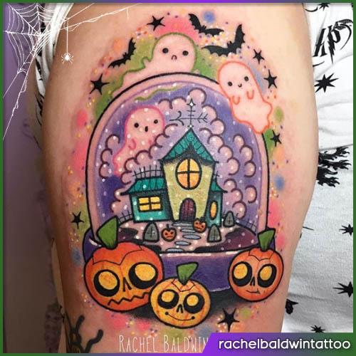Tatuaggio casa infestata halloween