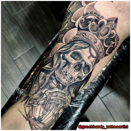 Tatuaggio Santa Muerte realistico