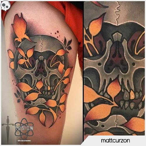 tatuaggio teschio foglie fotoniche