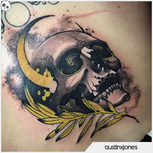 tatuaggio teschio luna gialla