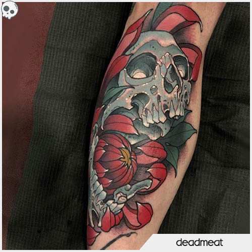 deadmeat tattoo skull con peona