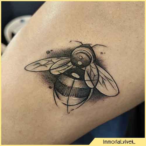 Tatuaggio Ape Sketch Bianco e nero