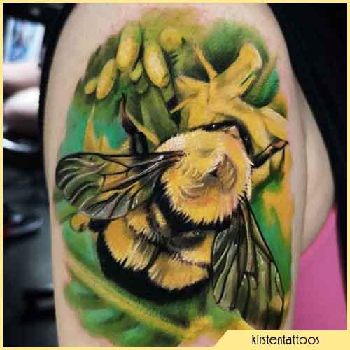 tattoo ape realistico