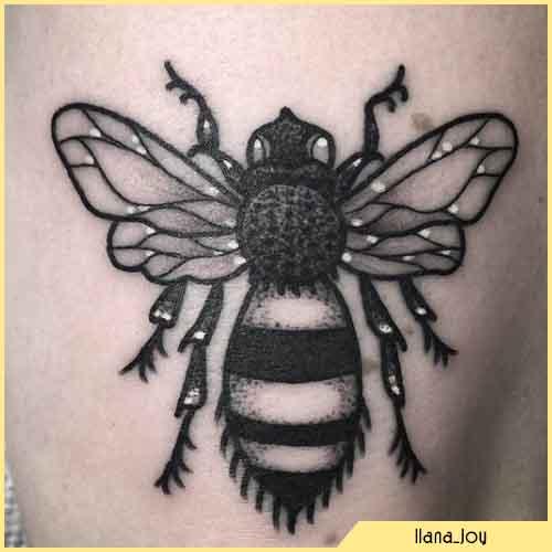 Tatuaggio Ape Blackwork