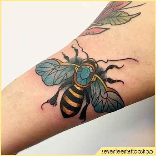 Tatuaggio Ape Dettagliato
