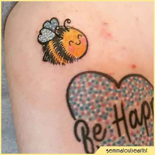 Tatuaje De Abeja Kawaii