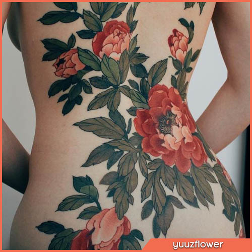 peonie tatuaggio giapponese fondo schiena
