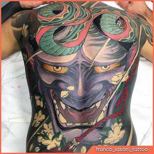 schiena tatuaggio giapponese oni viola