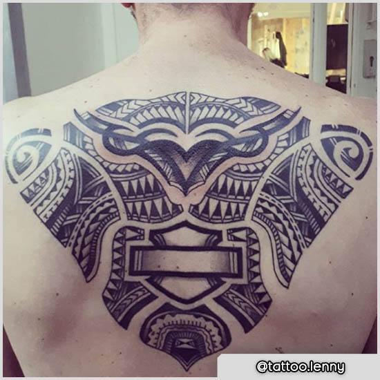 tattoo maori schiena