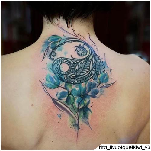 tatuaggio yin yang mazzo di fiori