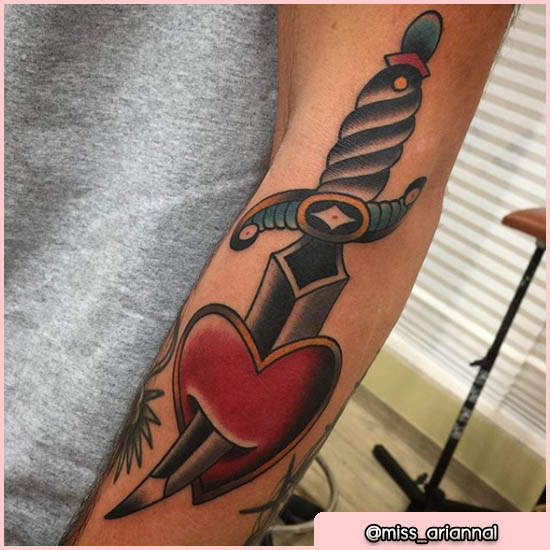 old school tattoo daga e cuore
