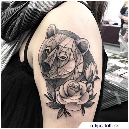 tattoo orso geometrico