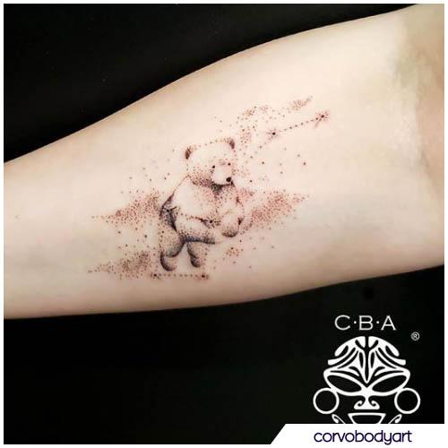 tatuaggio orso dotwork
