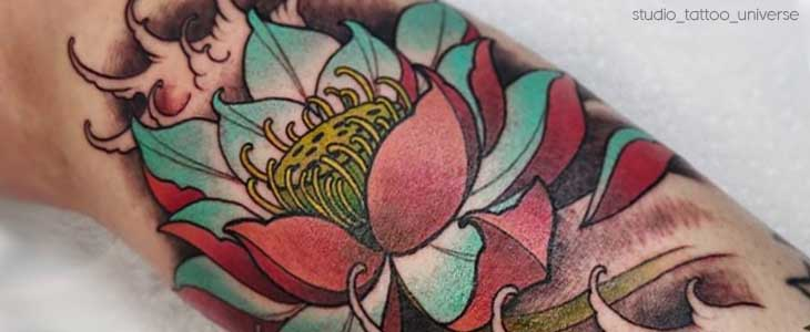 Tatuaggio fiore di loto dettagli