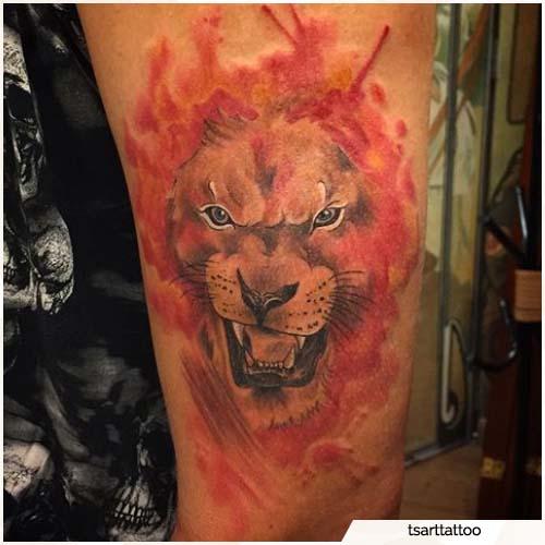 tattoo leone watercolor