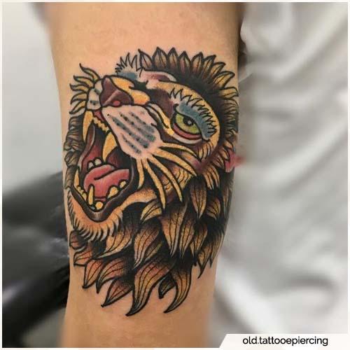 tatuaggio leone old school