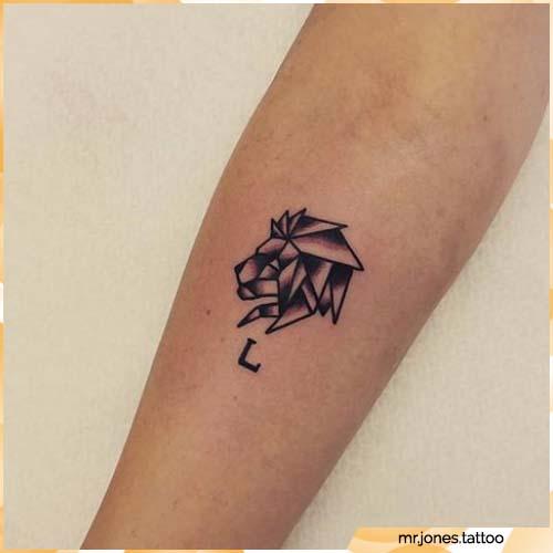 tatuaggio leone piccolo