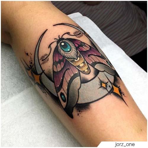Tatuaggio Falena neo traditional