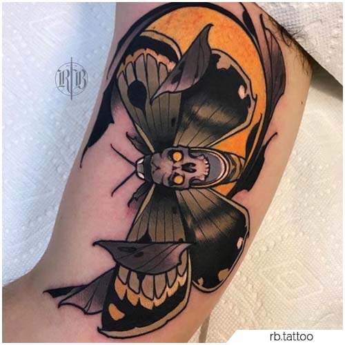 Tattoo Falena neo traditional