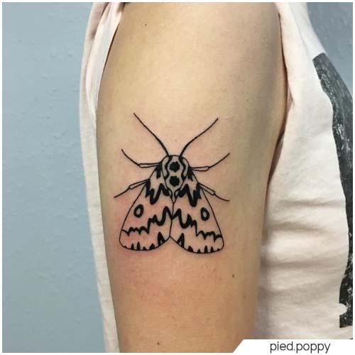 Tattoo Falena blackwork
