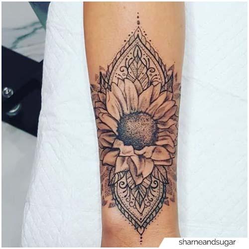 Tatuaje Mandala Girasol