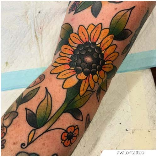 New School Tattoo Girasole