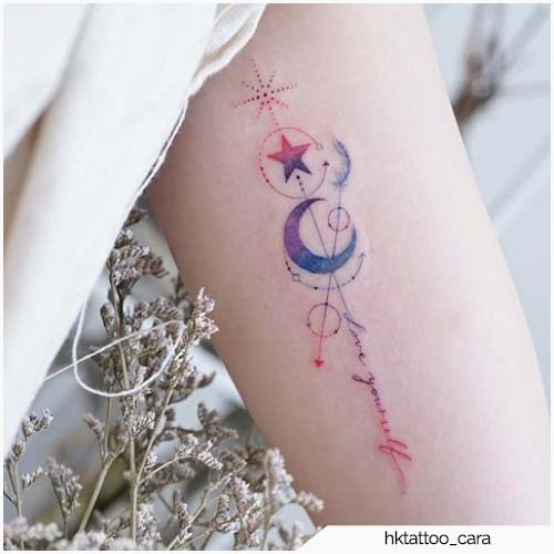 tatuaggio luna colorato