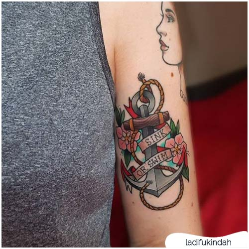 tatuaggio ancora lettering
