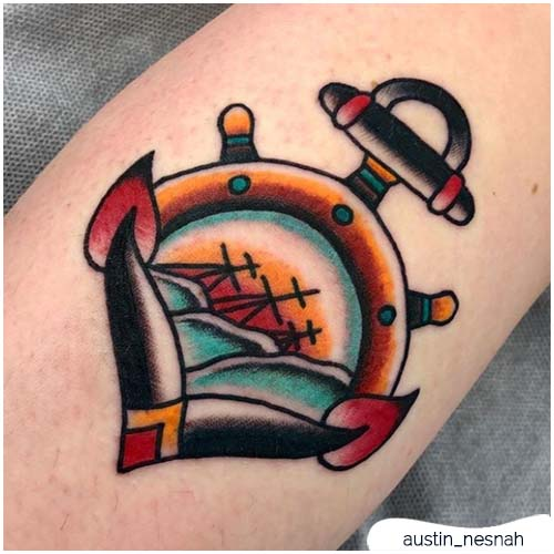 tatuaggio ancora piccolo e colorato