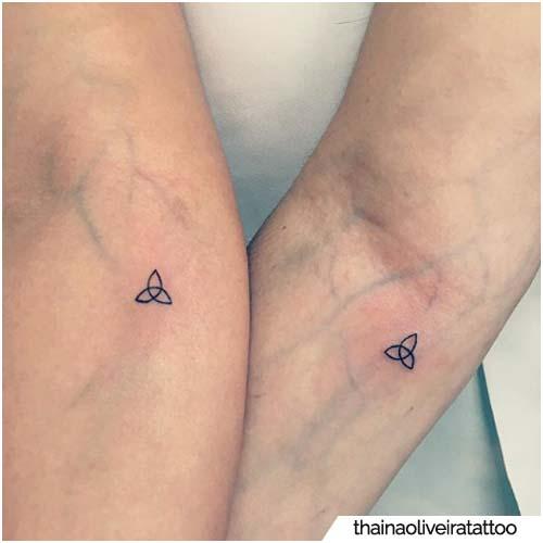 tatuaggio triquetra di coppia