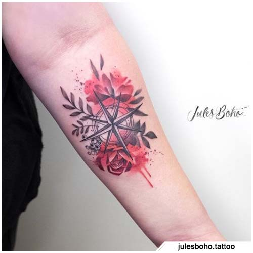 tattoo bussola watercolor rose