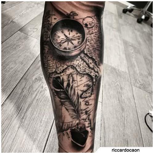 tatuaggio bussola mappa