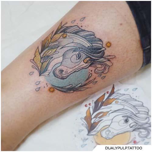 tatuaggio cavallo bianco