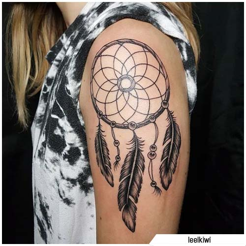 tattoo acchiappasogni spalla sinistra