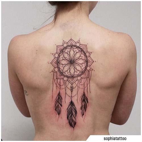tattoo acchiappasogni mandala schiena