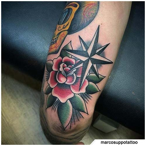 tatuaje de brújula estrella polar