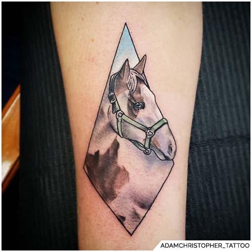 tatuaggio cavallo rombo