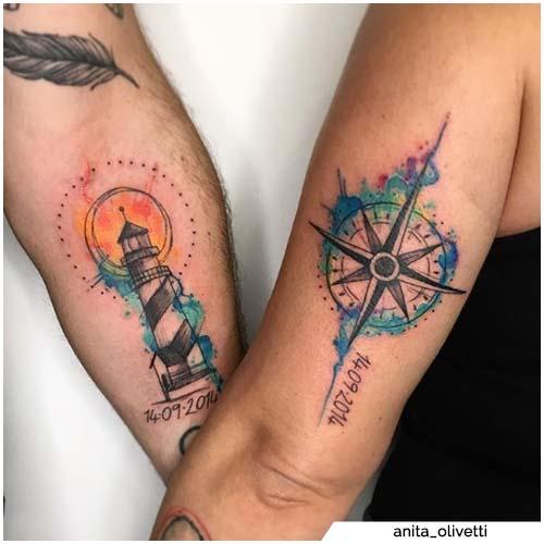 tatuajes para parejas linterna y brújula