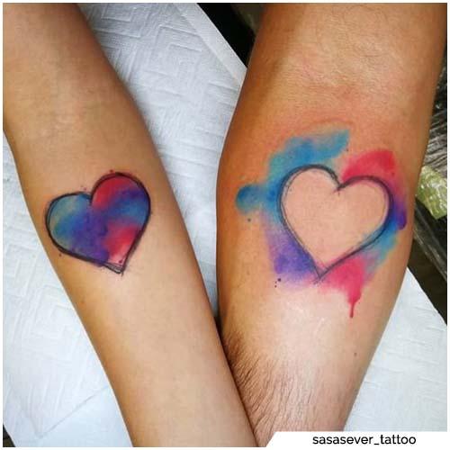 tatuajes para parejas acuarela corazones