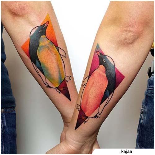 tatuajes de pingüinos de pareja