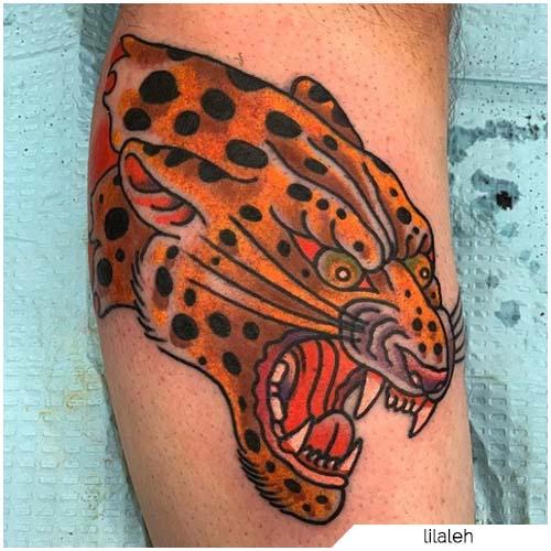 tatuaje tradicional de leopardo